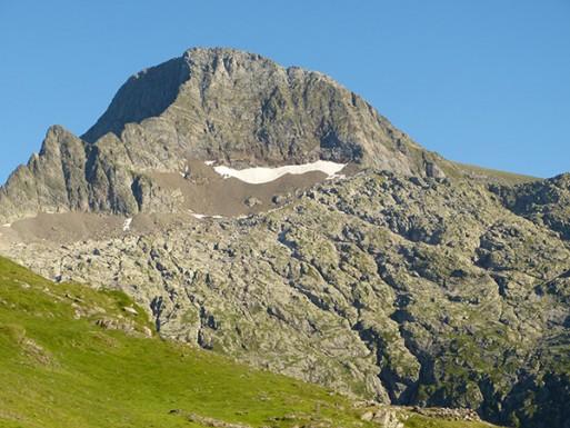 P1010615s600 Arran Mt Valier from refuge espugues